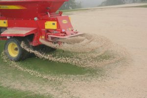 Topdressing sand